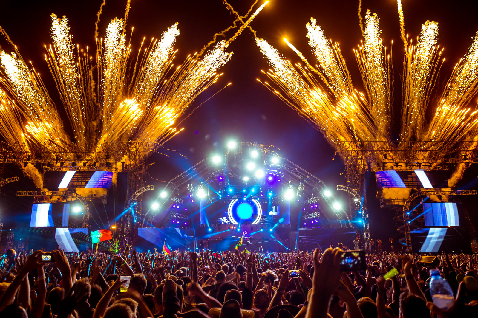 What makes EDM such an amazing and spectacular culture? - EDMofy